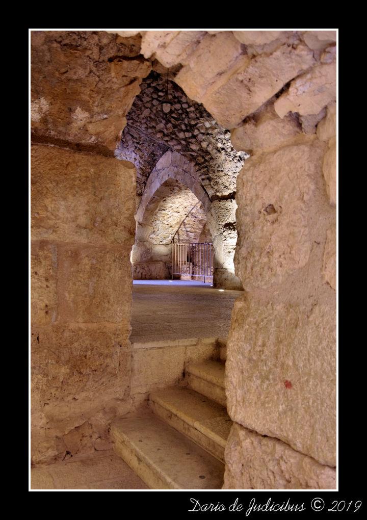 Arch #08