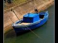Blue boat #01